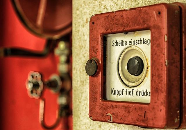 Comment protège-t-on un bâtiment des incendies ? Belfor Prévention procède à la mise en conformité sécurité incendie